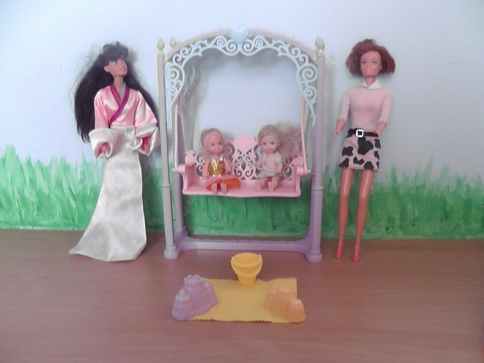 BARBIE Swing with dolls and accessories