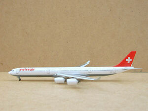 Swissair-A340-600-HB-JMA-1-400-Dragon-Wings-55377-Superselten