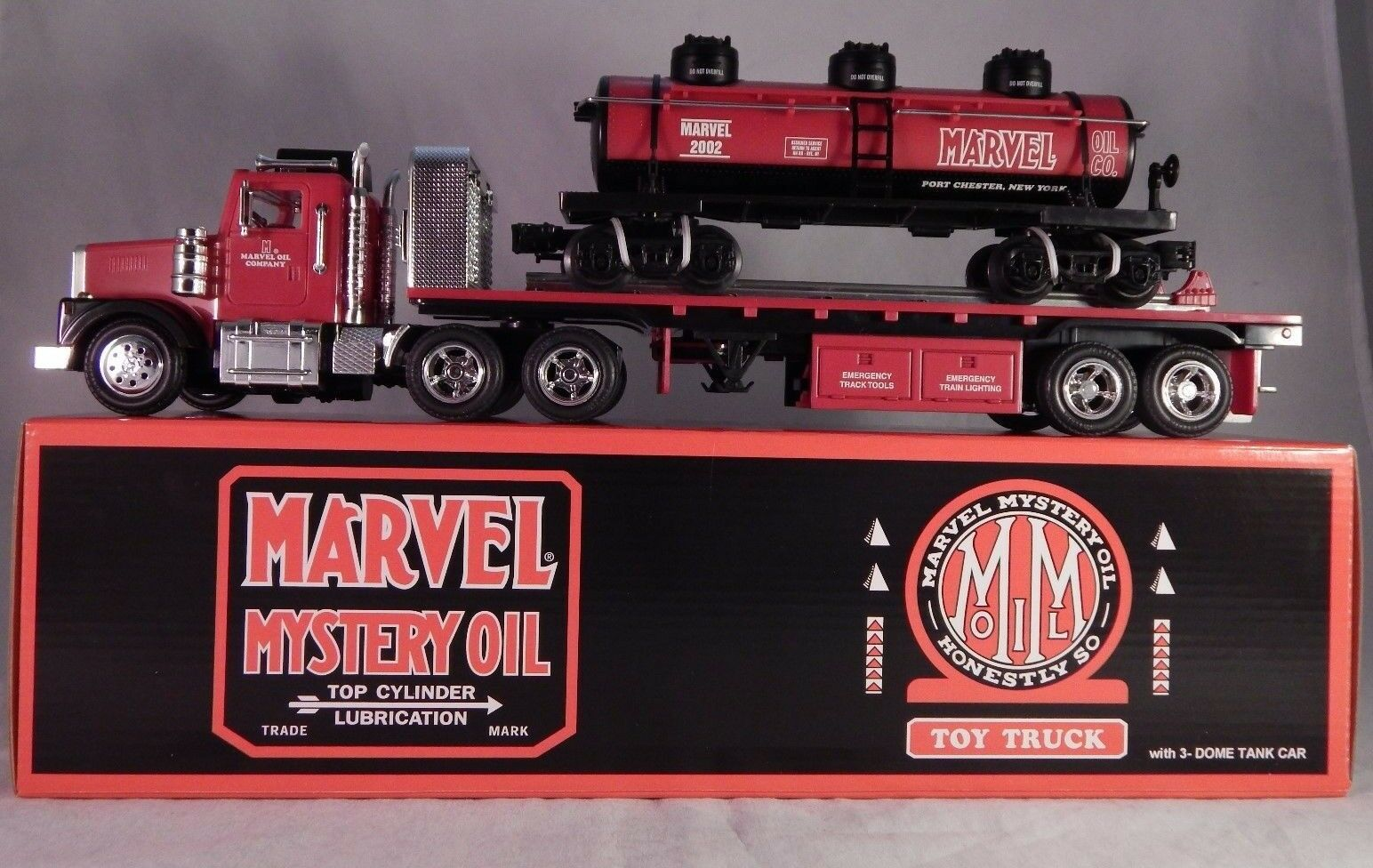 Marvel Mystery Oil Toy Toy Toy Truck Flatbed 3-Dome Tank Car 504 Made NEW 3cb