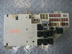 99 chrysler 300m interior fuse box under dash relay ebay. Black Bedroom Furniture Sets. Home Design Ideas