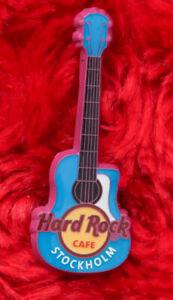 Hard Rock Mini Guitar pin blue