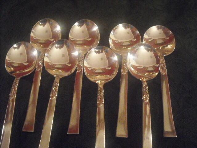 Oneida Nobility silverplate Wind Song 8 round gumbo soup spoons  EXCELLENT