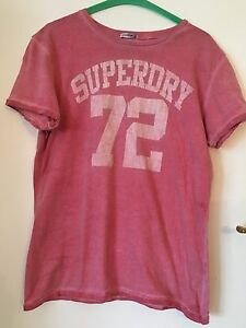 Taglia-M-Da-Uomo-Superdry-Pink-T-Shirt-Japan-Towie-palestra-calcio-sport-Cycle-GOLF-Bohemien-Boho