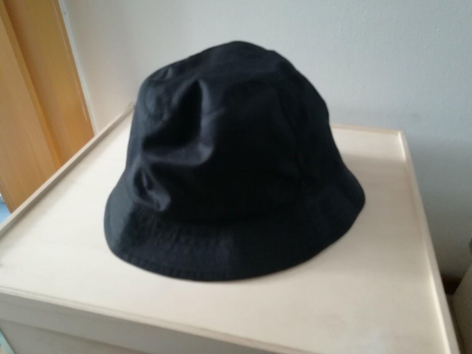 Burberry Bucket Hat, Wendbar, Gr. 58