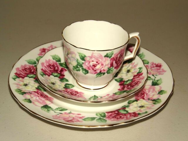 LOVELY CROWN STAFFORDSHIRE ENGLAND FINE BONE CHINE TEA SET TRIO ~ TRINITY ROSE