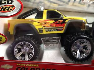 Image Is Loading 2003 Yellow Radio Controlled Tyco 6v Rc Chevy