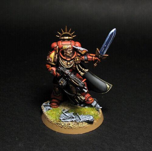Pro målat Warhammer 40k Blood Angels Primaris Captain miniatyr