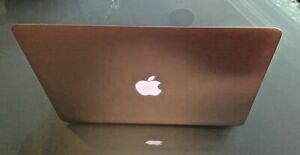 "Apple MacBook Air A1369 13.3"" ноутбук-MC503LL/A (октябрь 2010)"