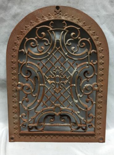 One Antique Arched Top Heat Grate Grill Maltese Cross Gothic Arch 10X14 640-18C