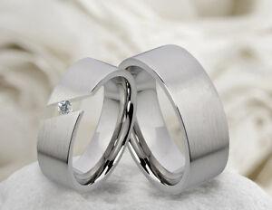 2-Eheringe-Verlobungsringe-Trauringe-aus-Edelstahl-mit-Zirkonia-Ring-Gravur-M004