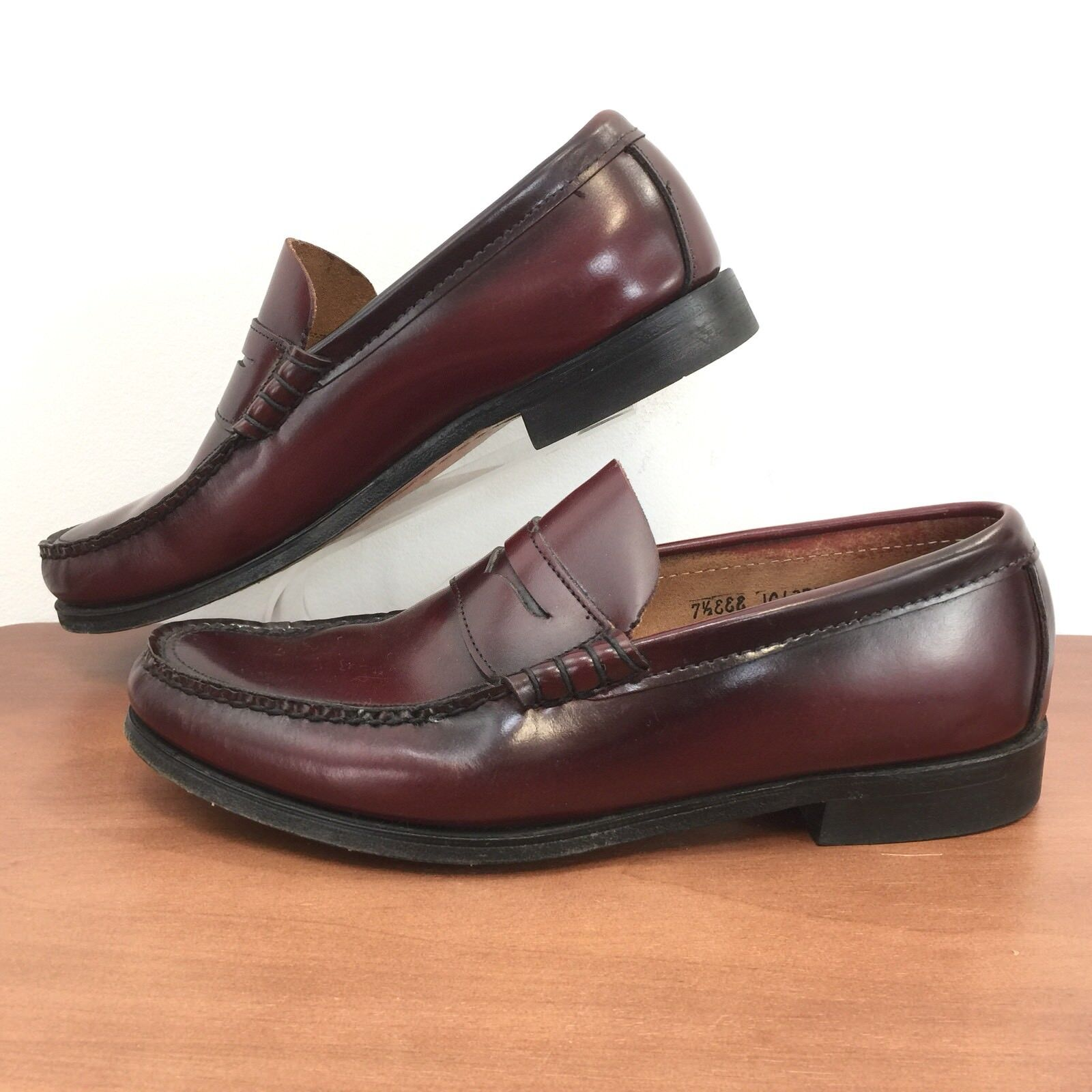ca7eba555437 St Johns Bay Mens Size 7.5 7.5 7.5 EEE Leather Penny Loafers Great Looking  Mens 7.5 EEE 122dc8
