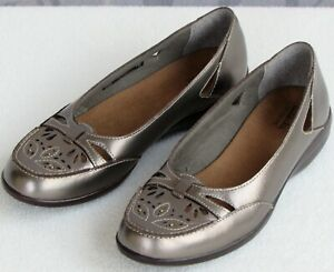 6-Clarks-Women-Pewter-Metallic-Leather-Perfed-Slip-On-Ballet-Flat-Shoe