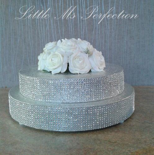 Strass gâteau de mariage support or argent double échelonné dans un grand ecran