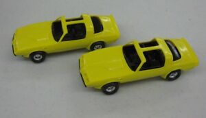 2 Systematic 1:25 Ertl 1981 Pontiac Trans Am Plastic Yellow With T-tops Fashionable And Attractive Packages