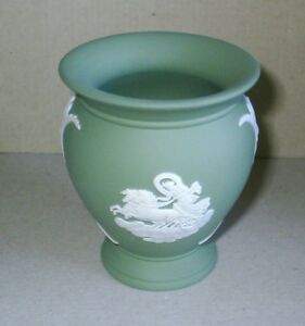 Wedgwood Jasperware Sage Green Posy Vase - <span itemprop=availableAtOrFrom>Salisbury, United Kingdom</span> - Return costs paid by seller provided acceptance of return has been agreed between buyer and seller Most purchases from business sellers are protected by the Consumer Contract Regulation - Salisbury, United Kingdom