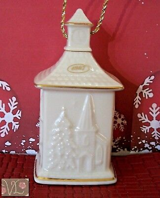 Lot - Vintage Lenox Christmas pattern cream gold edge ... |Lenox Solid Vintage Christmas