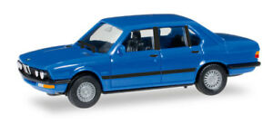 Herpa-028653-BMW-528-i-E28-light-blue-1-87-modellismo