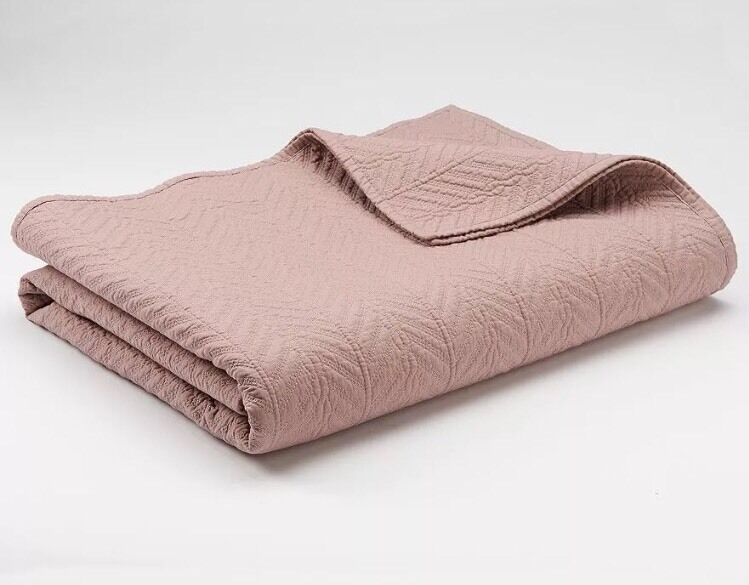 CHAPS Home BRITTANY Coverlet Dimensione  KING New Herringbone Mauve Quilted