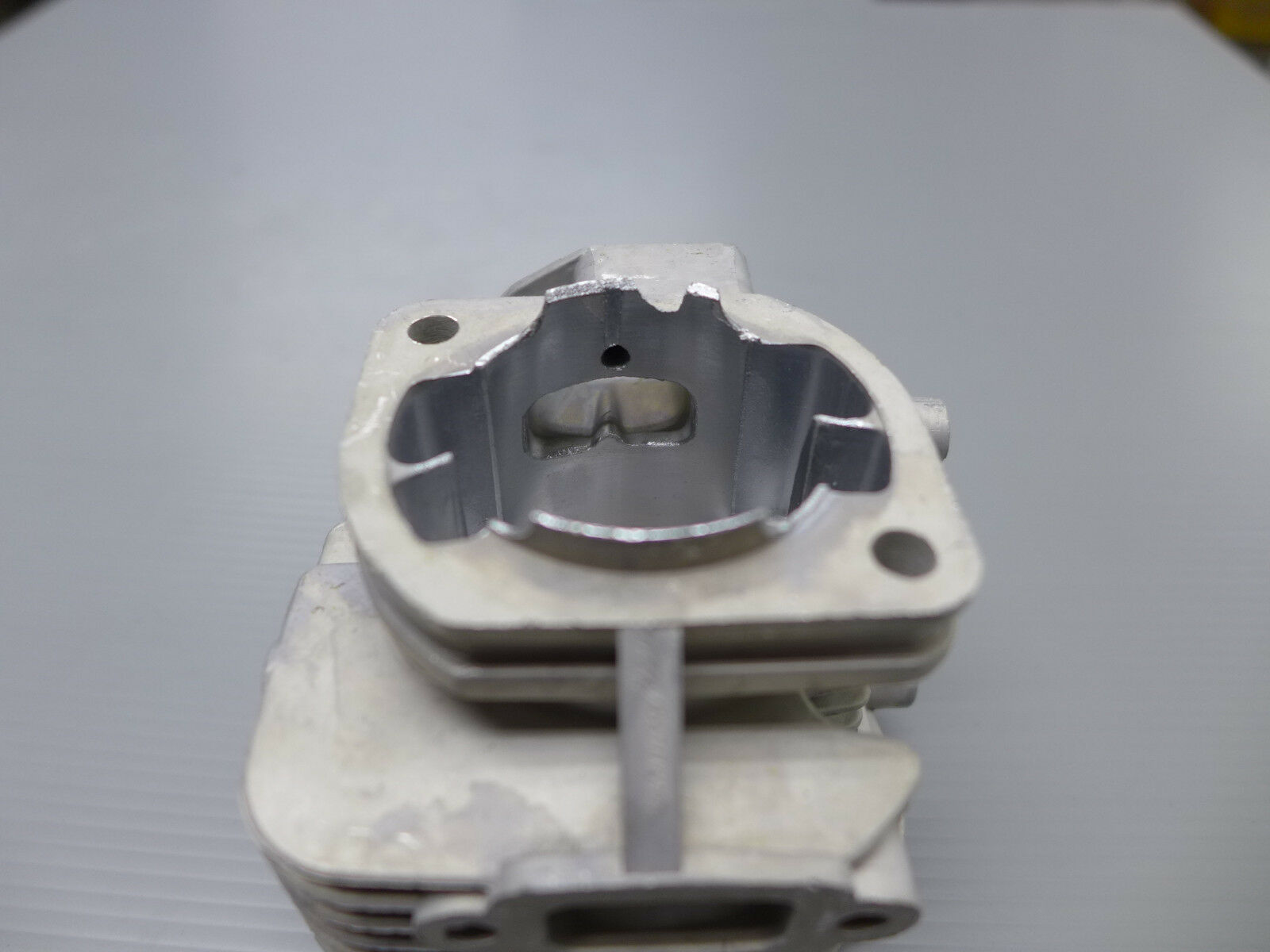 AS IS Condition Condition Condition - Air Cooled 2-Bolt Cylinder Head Gas for CY Car Engine 36mm 88a597