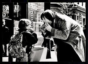 5-Original-Pressefotos-Bogus-mit-Whoopi-Goldberg-Gerard-Depardieu-G-11496