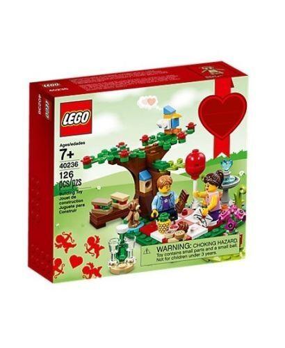 40236 ROMANTIC VALENTINES DAY PICNIC city town lego NEW exclusive seasonal legos