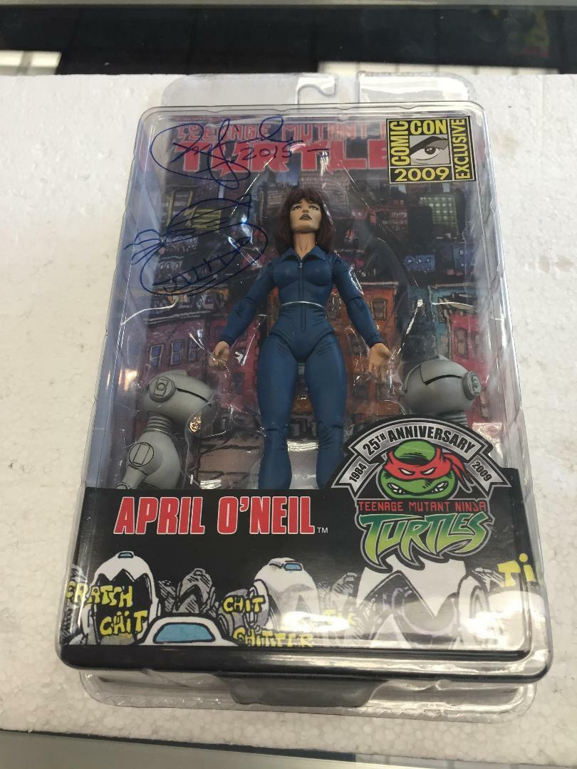 TMNT April O'Neal with Mousers 2009 Comic Con Exclusive Exclusive Exclusive bfb989