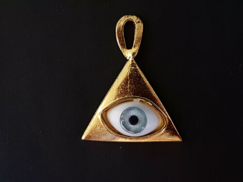 PYRAMID WITH EYE PENDANT COLGANTE PIRAMIDE CON OJO 3X2,5CM DORADO NECKLACE