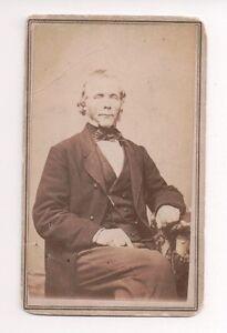 Vintage-CDV-Unknown-Civil-War-Era-Gentleman-Photo-by-W-C-North-Utica-N-Y