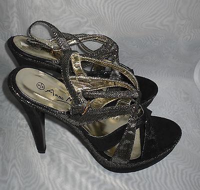 Para Mujer Anne Michelle Negro/Oro Sintético Charol Sandalias Tamaño: 6/39 (WHS76)