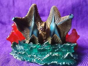 JDM-Diorama-PVC-Solid-Figur-2-5-034-6-5cm-Ultraman-Kaiju-Godzilla-UK-DSP