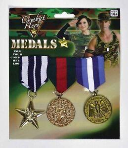 Capable Militaire Guerre Armée Médailles Or Forces Armées Déguisement 3 Pack