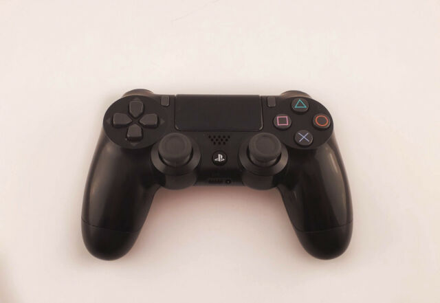Sony DualSchock 4 Wireless Controller for PlayStation 4 V2 - Jet Black