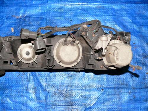 Subaru SVX 3.3 SCHEINWERFER FRONTSCHEINWERFER FAHRERSEITE LINKS