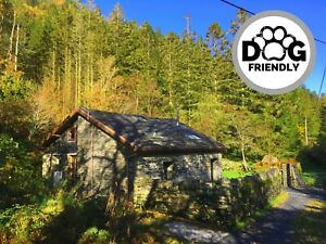 Self-Catering-Holiday-Cottage-North-Wales-Pet-friendly-Sleeps-6-Snowdonia