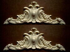 ONE PAIR OF ORNATE ANTIQUE WHITE DECORATIVE MOULDINGS / PEDIMENTS RESIN
