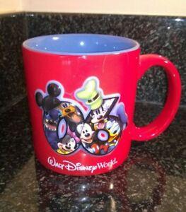 Vintage-Walt-Disney-World-Red-Mug-2006-Large-Mug-Beautiful-Decorated-Never-Used