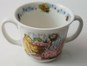 Classic Pooh Disney Royal Doulton 2 Handles Ceramic Mug Child Piglet