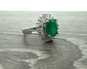 Halo Style Green Emerald /& Cz .925 Sterling Silver Ring Sizes 6-9