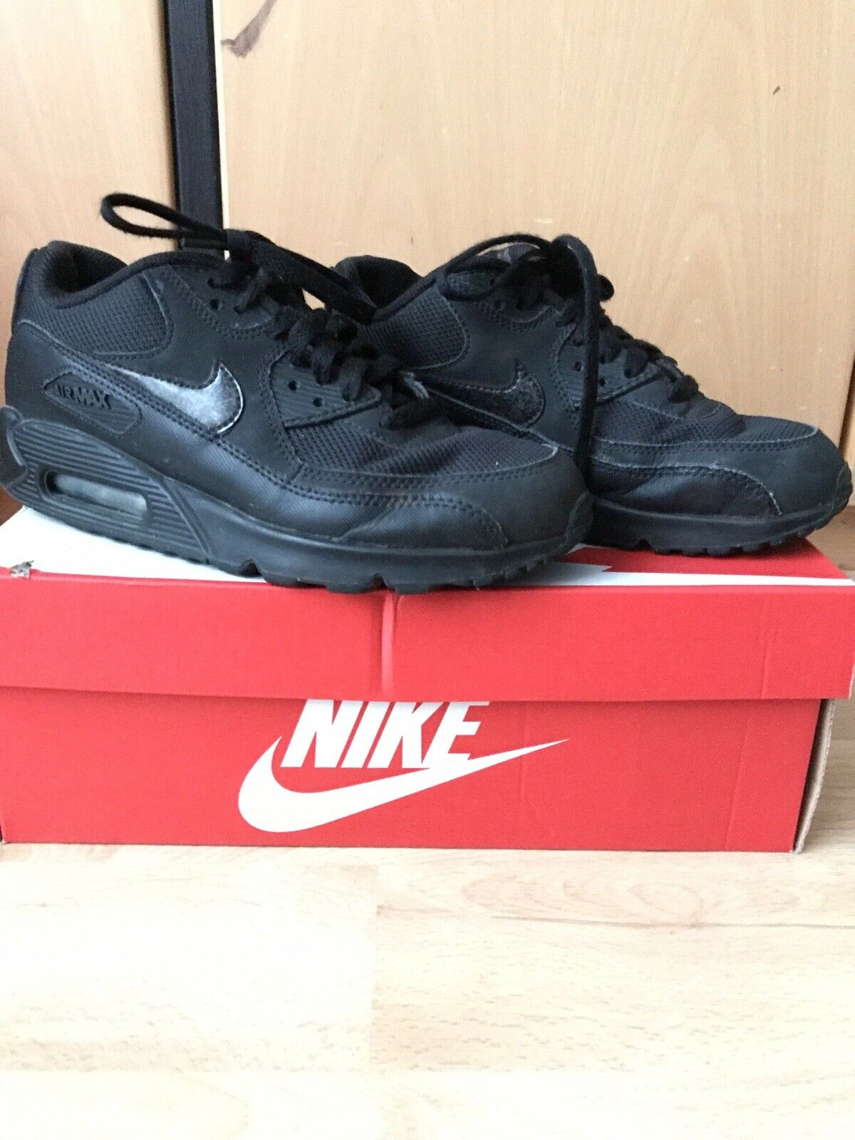 Nike Air Max 90 Mesh Gs Schwarz Größe  EUR  37.5 UK  4.5