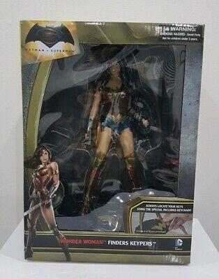 Dawn of Justice Batman v Superman Wonder Woman Finders Keypers Statue Figure