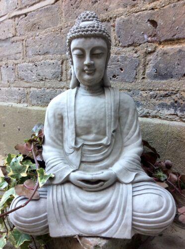 Grand Divine boudhas statue pour la maison ou jardin. de la designer sius