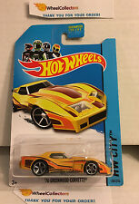 '76 Greenwood Corvette #208 * Yellow * 2013 Hot Wheels * W31