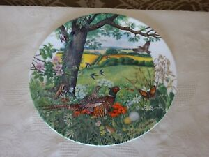 Wedgwood-China-Collectors-Plate-Meadows-and-Wheatfileds-By-Colin-Newman