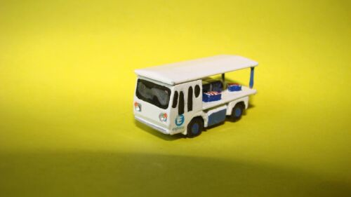 New ! N gauge hand-painted Domestic Electric Milk Float with Express livery