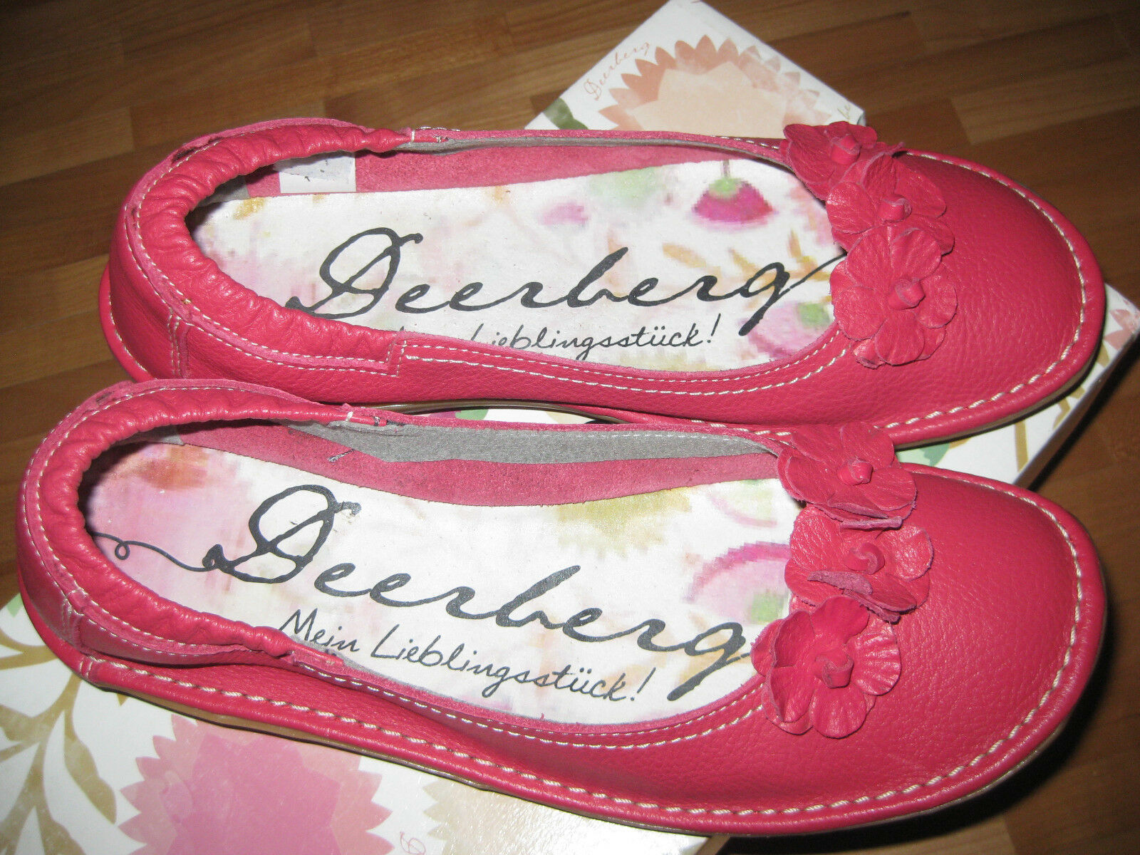Deerberg Ballerina, rot, Blüten,  Gr. 38 neu, Leder 50 Euro