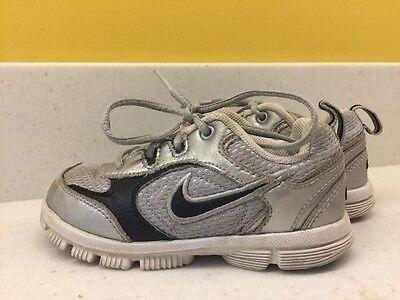 Nike Boys Toddler Size 8 Running Shoes Gray
