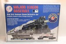 MLB New York Yankees Steam Berkshire Ready-to-Run 0 Gauge Train Set