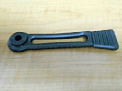 YAMAHA SNOWMOBILE SLED RUBBER HOOD STRAP TIE DOWN LATCH BAND 8V0-77171-00-00