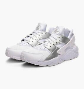 87ad35b1a1868 Men s Nike Air Huarache Casual Shoes White   Metallic Silver Sz 11.5 ...
