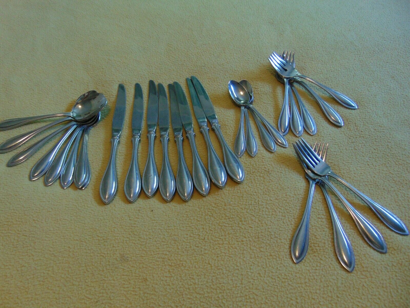 Oneida Arbor American Harmony Stainless Steel Flatware 30 Piece Mixed Lot
